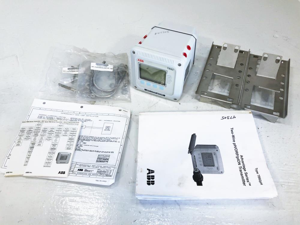 ABB TB82 pH/ORP/pION Transmitter,  Two-Wire Series, #TB82PH2010110