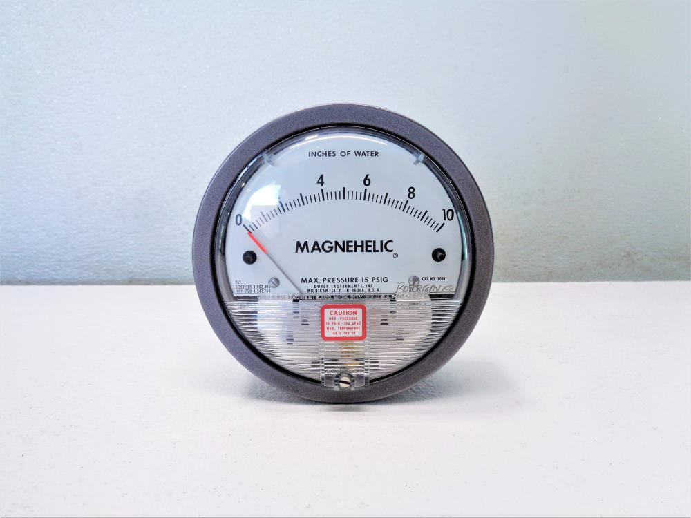 Lot of (5) Dwyer Magnehelic Differential Pressure Gauges, 0-10 in. Water, #2010