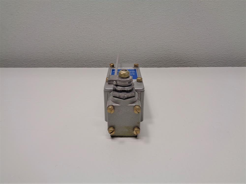Honeywell Micro Switch Heavy Duty Limit Switch 51ML10