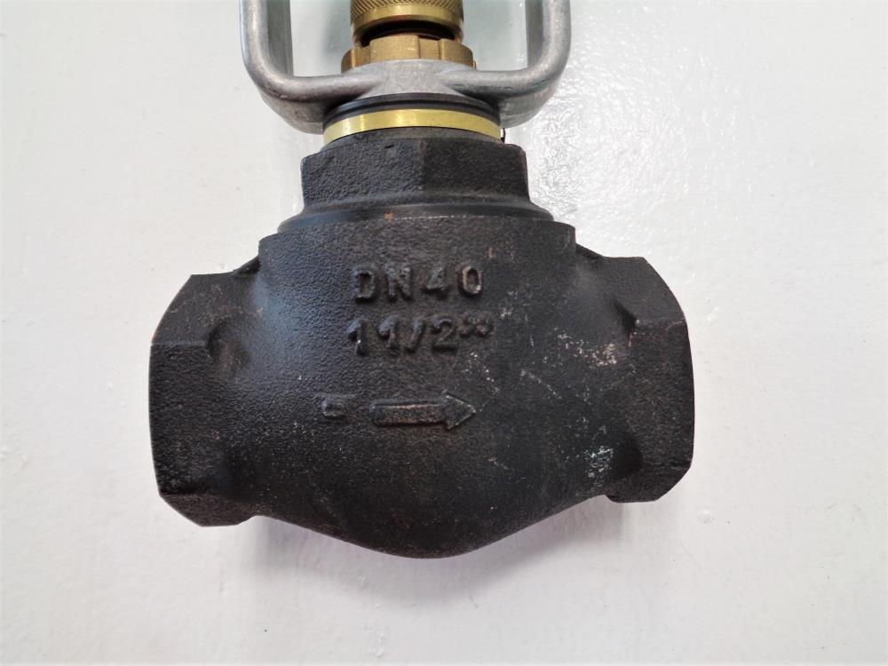 "Johnson Controls 1.5"" Cast Iron 2-Way Globe Valve V-7216-4519 W/ Actuator"