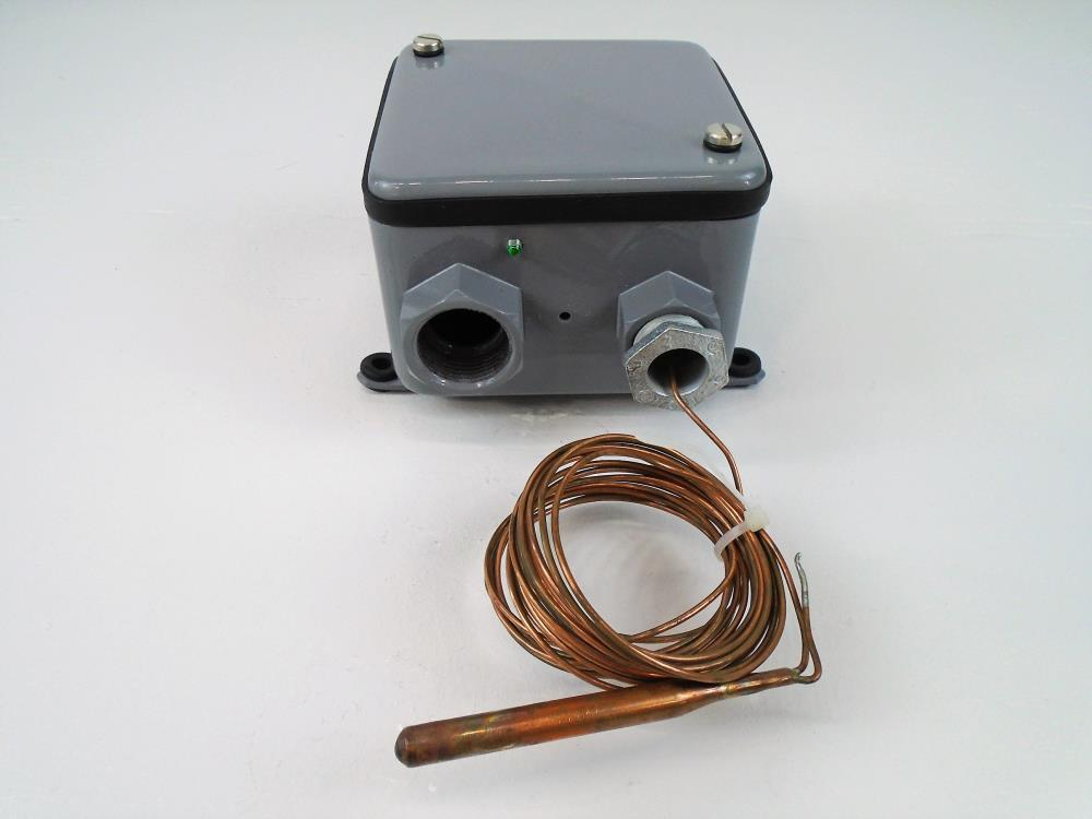 Johnson Controls A19ANC-2 Industrial Thermostat W/ Rainproof Enclosure