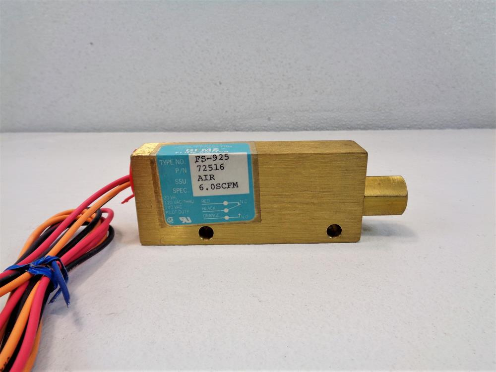 IMO Gems Sensor Piston-Type Flow Switch, FS-925, 72516, Brass