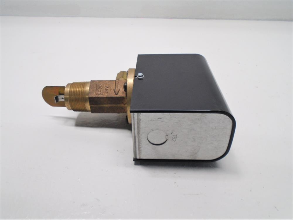 "McDonnell & Miller 1-1/4"" NPT Series FS7-4 Flow Switch, 119700, Brass"