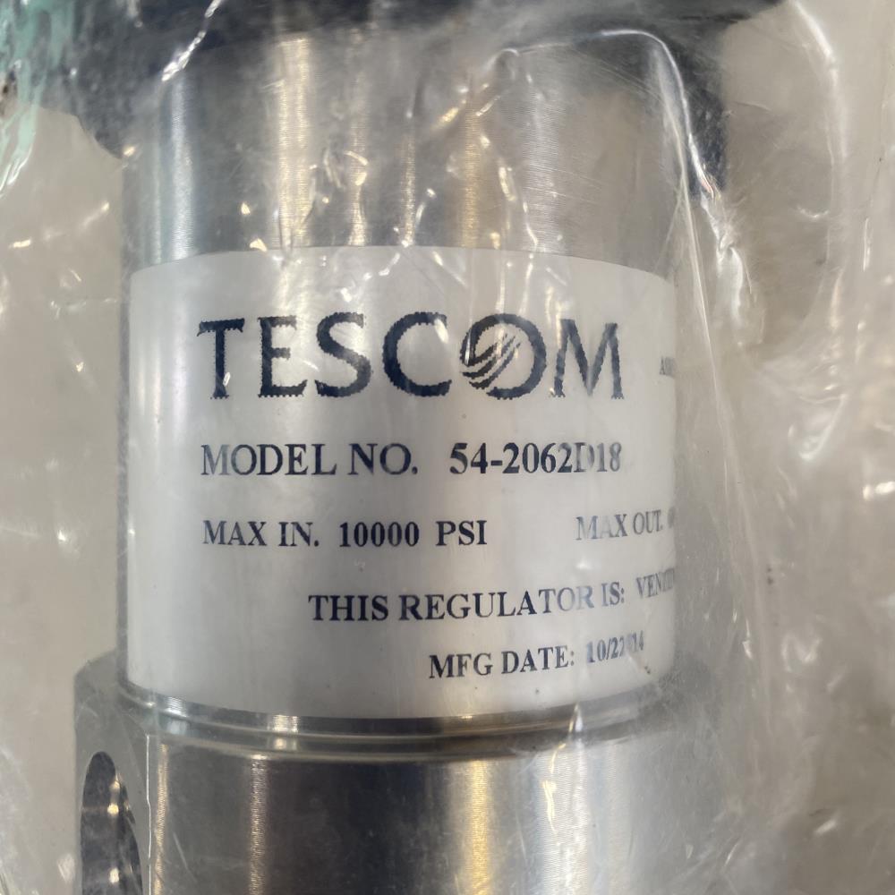 "Tescom 1/2"" Hydraulic Pressure Regulator, 10000 PSI, Stainless Steel 54-2062D18"