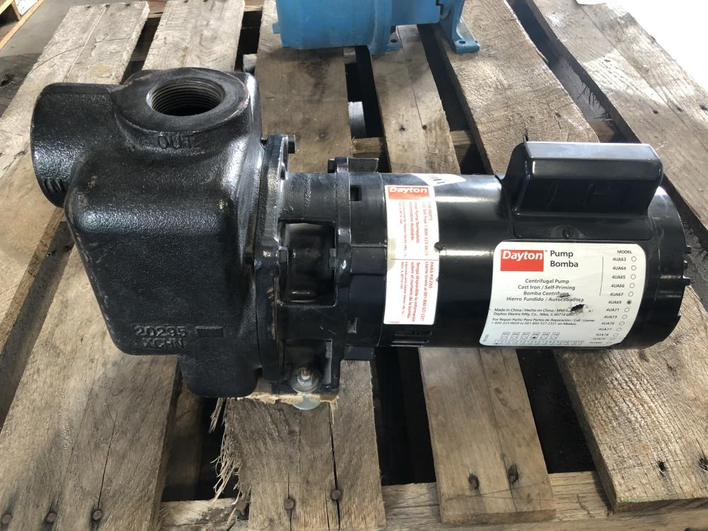"Dayton 1-1/2"" NPT CI Self-Priming Centrifugal Pump 4UA69 with .75 HP Motor"