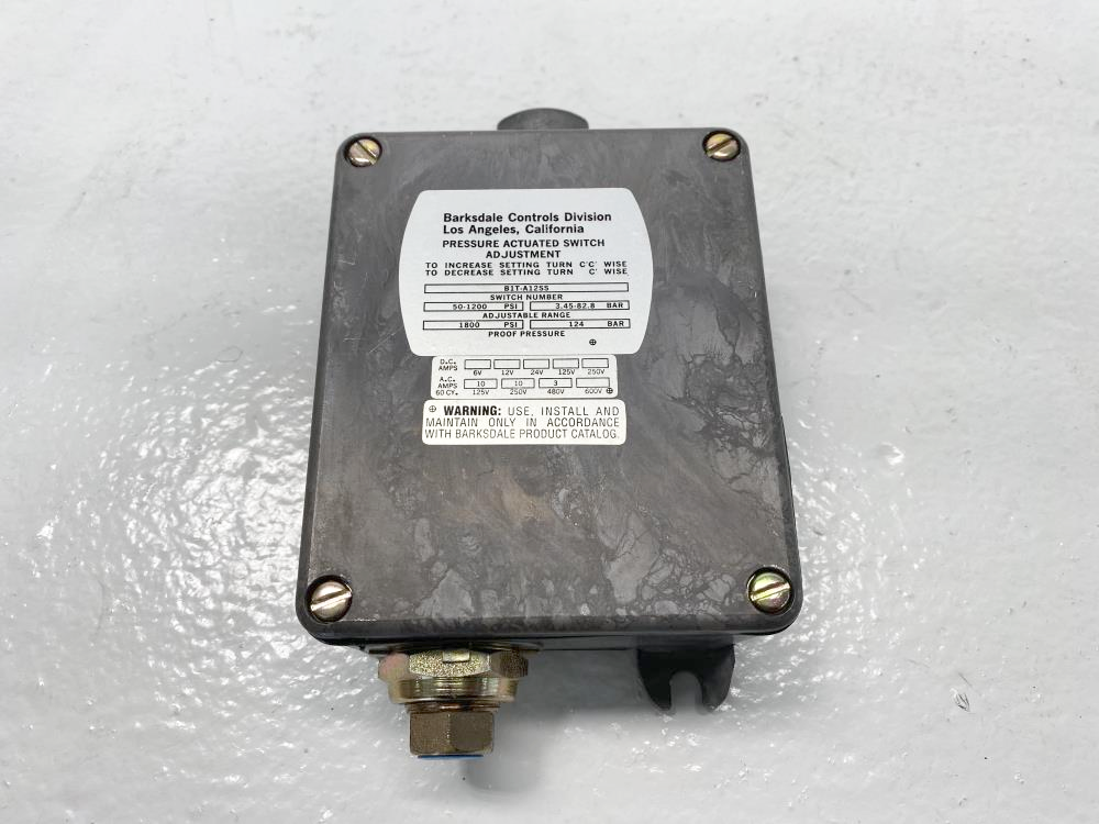 Barksdale 50 to 1200 PSI Pressure Actuated Switch B1T-A12SS