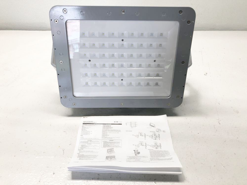 Eaton Crouse-Hinds 112W Champ LED Floodlight 347-480V Haz Loc FMV13LCY/UNV34 76