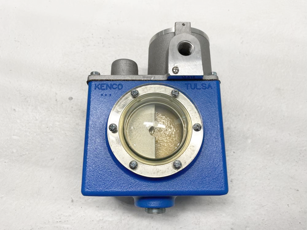 Kenco Oil Level Controller Switch KLCE-9-HPB-FS with Safety Valves