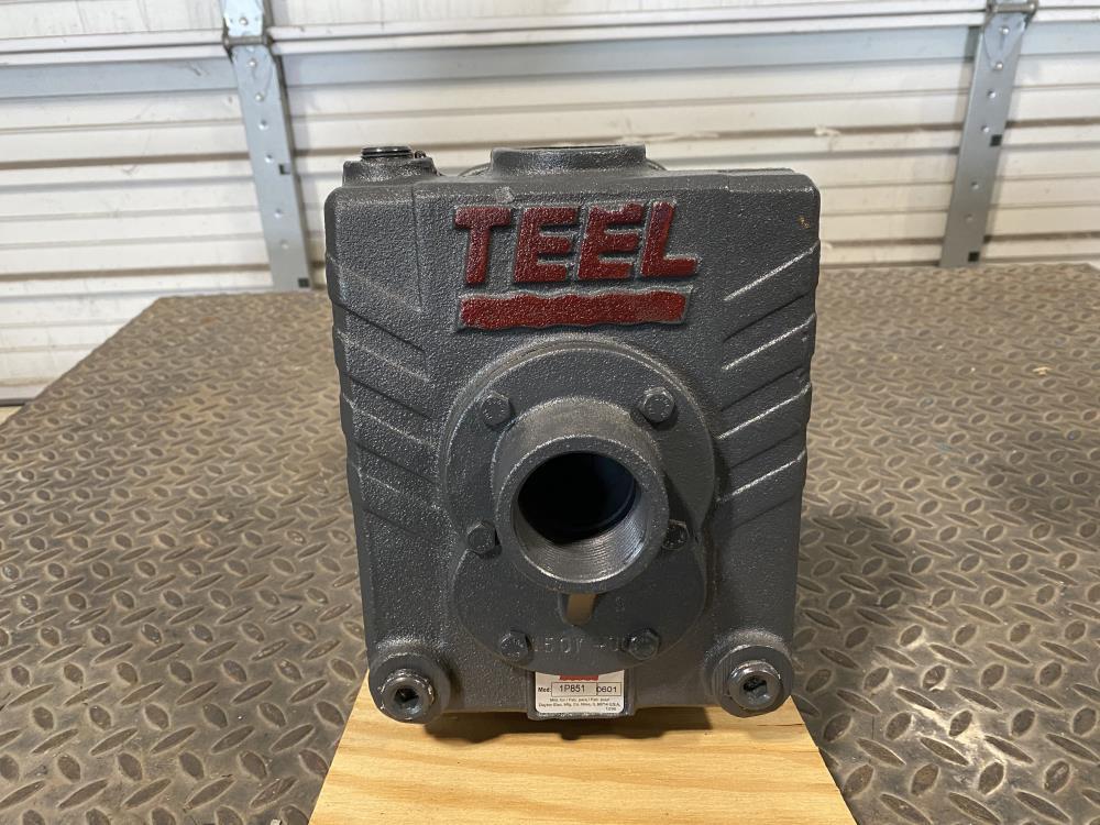 "Teel 1-1/2"" NPT Cast Iron Self-Priming Centrifugal Pump 1P851 w/ 2HP Motor"