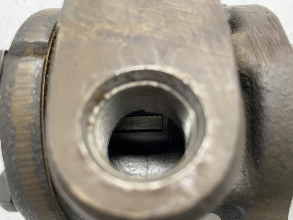 """Tuthill 1/2"""" NPT Gear Pump 2L35"""