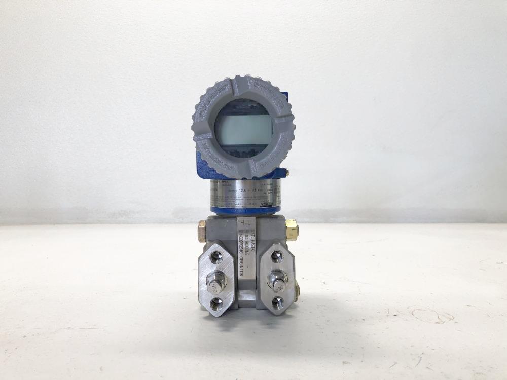 Foxboro I/A Series Pressure Transmitter Model# IDP10-D26D21F-M1L1