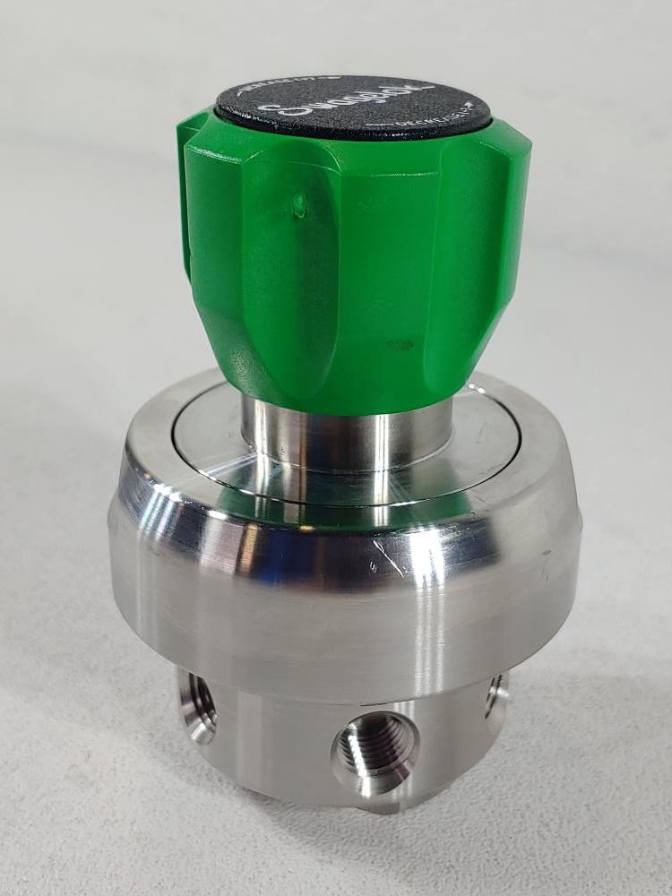 """Swagelok 1/4"""" High-Sensitivity Diaphragm-Sensing, Pressure-Reducing Regulator"""
