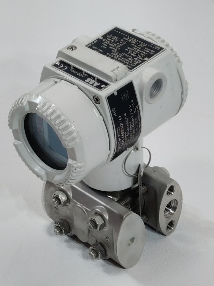 ABB Pressure Transmitter D-32425 Minden Model 267CS