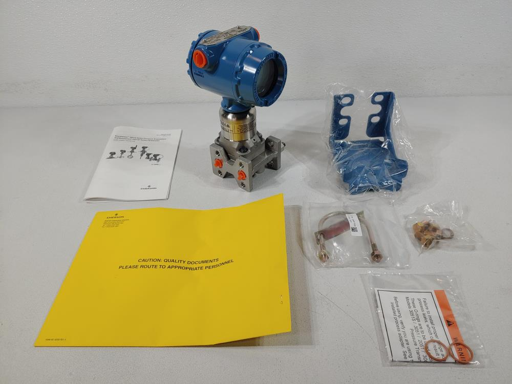 Rosemount 3051 Smart Pressure Transmitter Model 3051S2CD3A2F12AB1E5L4M5Q8D0
