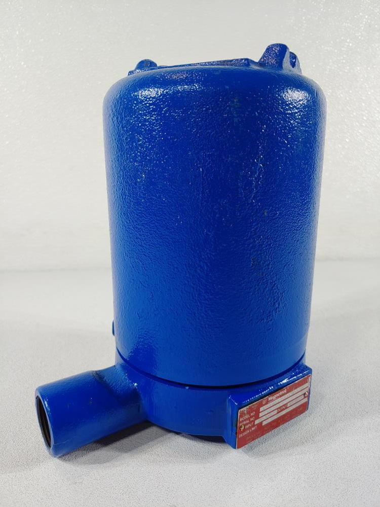 Magnetrol Level Switch Model 921-A1A0-F10/582-1A22-47