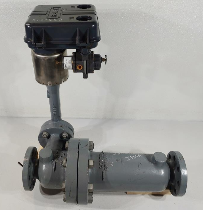 Fisher Controls 249 Displacer with 2500R Pneumatic Level Controller