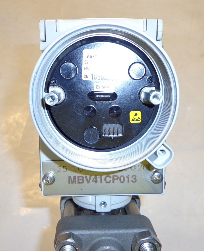 SIEMENS SITRANS P DIFFERENTIAL PRESSURE TRANSMITTER 7MF4433-1DA22-1NC0-Z