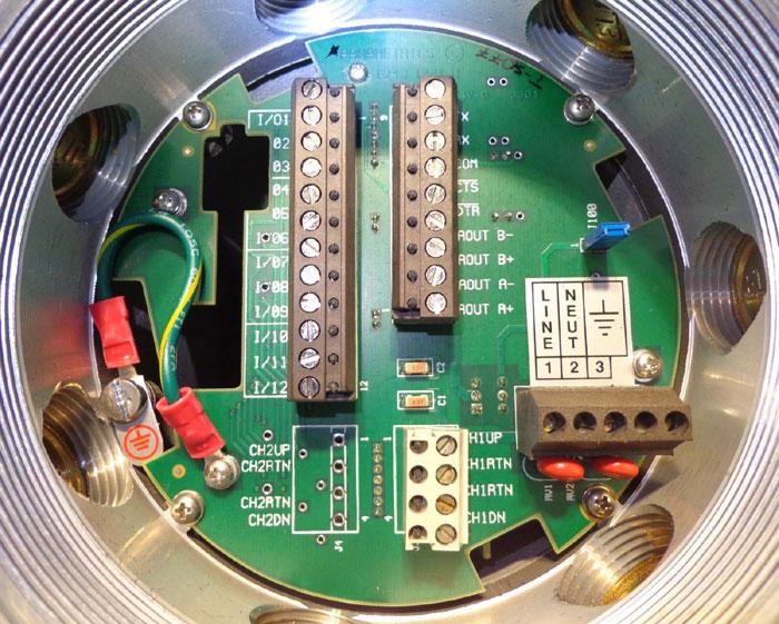 PANAMETRICS FLOW METER XMT868-1-11-00-0011 w/ COAXIAL CABLES & TRANSDUCER WT-1