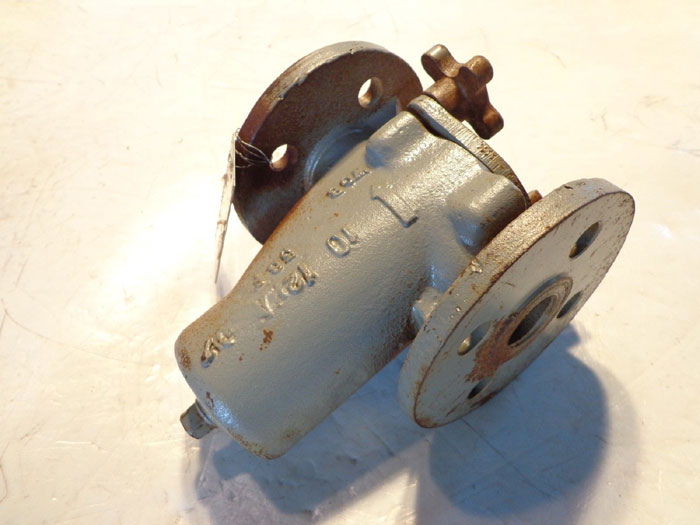 "MUELLER 1"" STEAM STRAINER VALVE FLANGED"