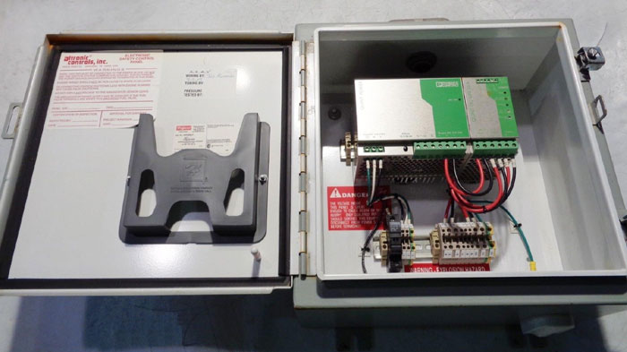 ALTRONIC SAFETY CONTROL PANEL W/PHOENIX CONTACT