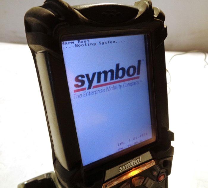 LOT OF MOTOROLA MC9090 & SYMBOL MC9060 MOBILE COMPUTER & BARCODE SCANNER LRT SET