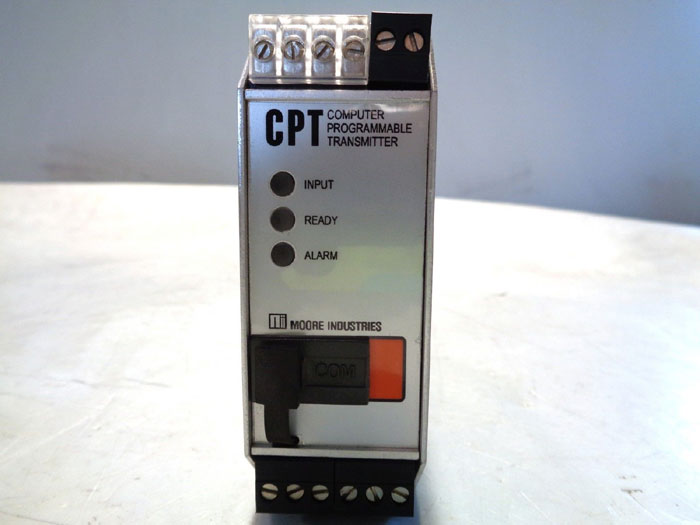 MOORE COMPUTER PROGRAMMABLE TRANSMITTER CPT/TPRG/0-20MA/117AC-C [DIN]