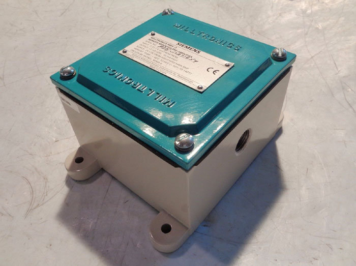 SIEMENS MILLTRONICS RMA-2 REMOTE MOUNTED PRE-AMPLIFIER 7MH71450A