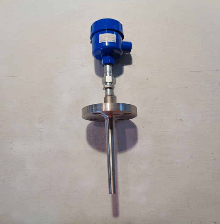 WIKA THERMOCOUPLE ASSEMBLY  TYPE K  w/ FLANGED TAPERED THERMOWELL