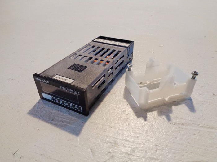 OMRON E5GN TEMPERATURE CONTROLLER