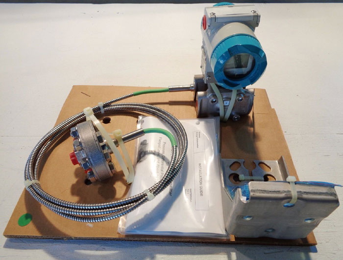 SIEMENS SITRANS P DIFFERENTIAL PRESSURE TRANSMITTER 7MF4433-1HY22-1NC6-Z