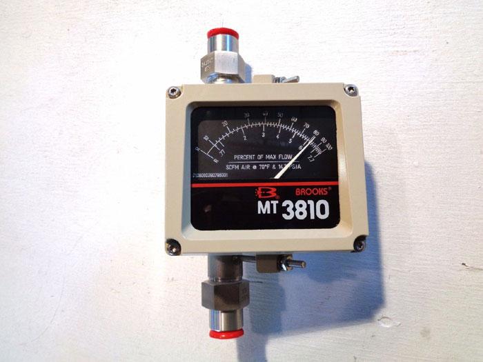 """BROOKS 1/2"""" MT3810 METAL TUBE VARIABLE AREA FLOWMETER 3810A12B28AA1A1"""
