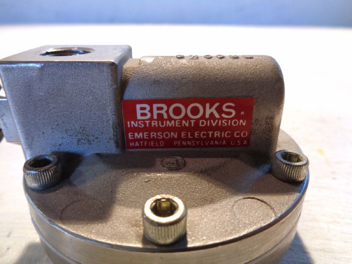 LOT OF (2) BROOKS 8810 STAINLESS STEEL FLOW CONTROLLER VALVE