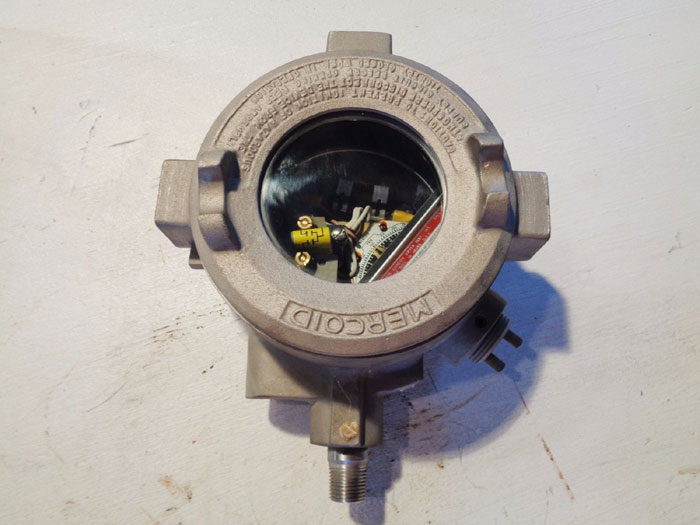 MERCOID EXPLOSION PROOF PRESSURE SWITCH DAH-41-153-GE