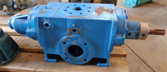 WARREN SCREW PUMP, SIZE: J20GJ, W/ (2) SPARE COVER PARTS