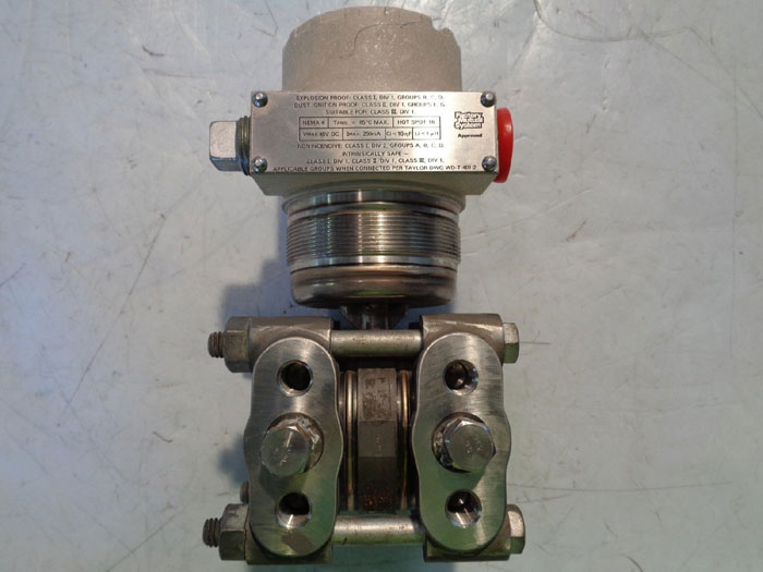 TAYLOR DIFFERENTIAL PRESSURE TRANSMITTER 405TB01250A0000-1000-25618
