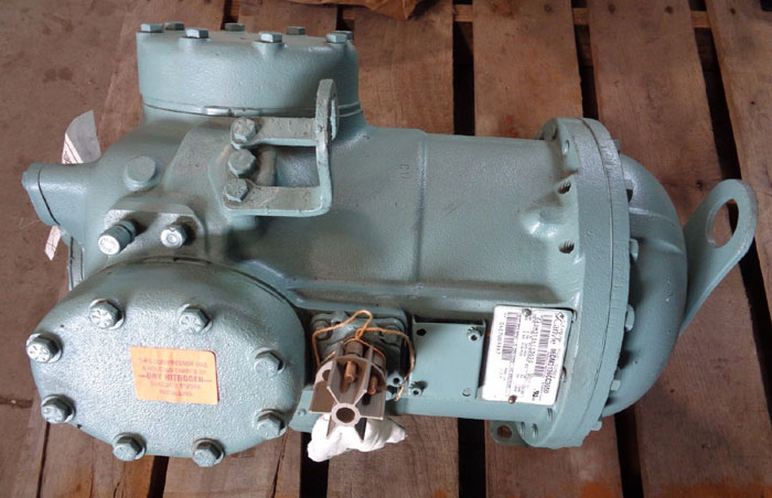 CARLYLE SEMI HERMETIC COMPRESSOR 06DM3136CC3650