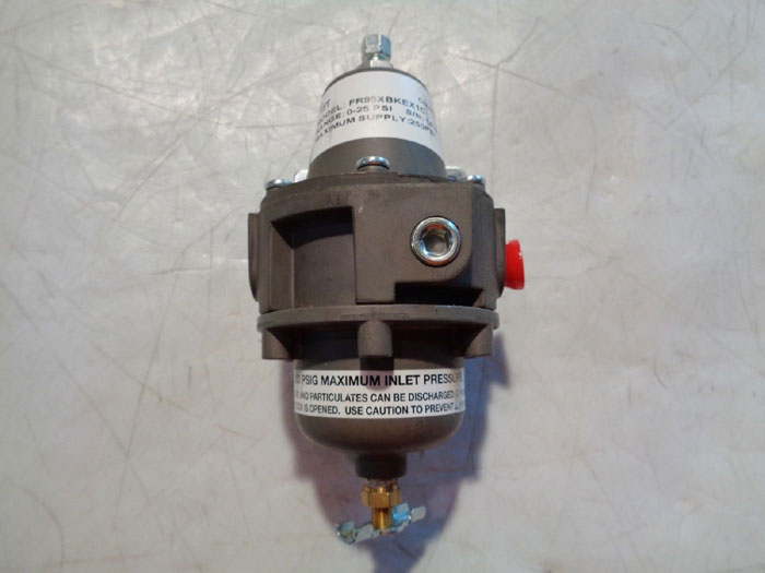 LOT OF (5) ITT CONOFLOW AIR-PAK FILTER REGULATOR, MODEL#: FR95XBKEX1C