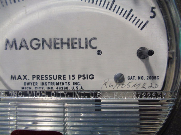 DWYER MAGNEHELIC PRESSURE GAGES 2005C, 2050, 2020C, 2150 & 2080C - LOT OF (5)