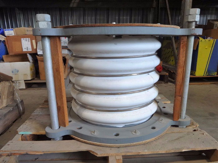 """20"""" TEFLON LINED EXPANSION JOINT 4-CONVOLUTE"""