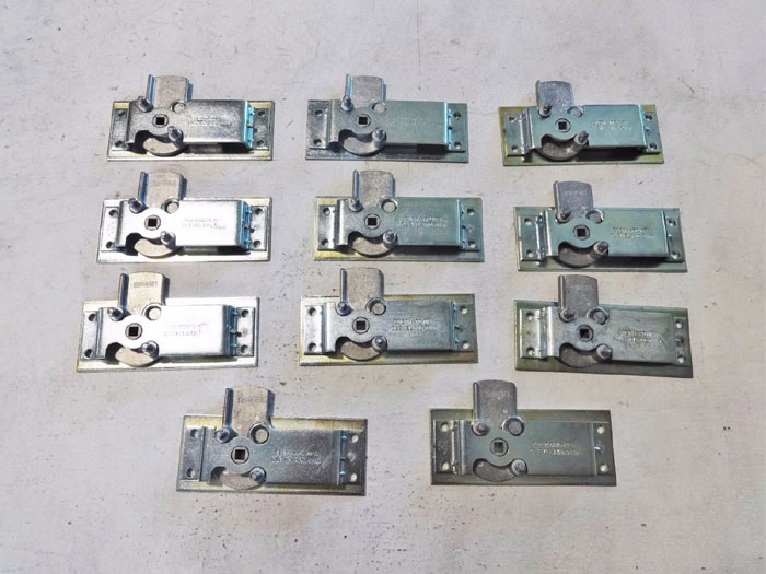 LOT OF (11) EBERHARD CENTER CASE DOOR LATCH ASSEMBLY