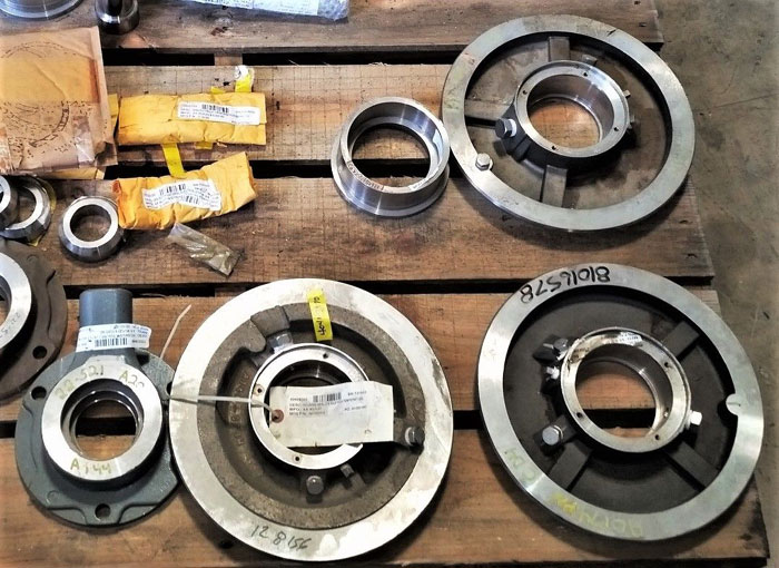 LOT OF (26) WILFLEY ASSORTED PUMP PARTS - SHAFTS, SEALS & SLEEVES