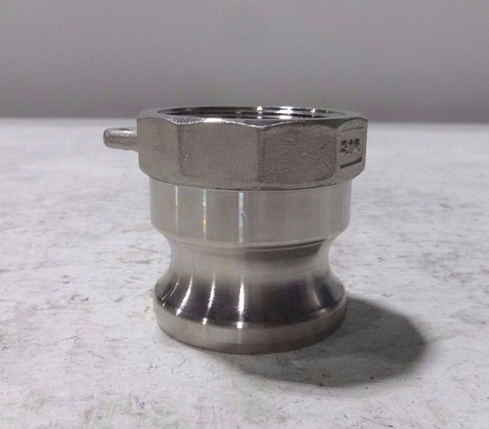 """LOT OF (9) 1-1/2"""" CAM & GROOVE ADAPTER 150-A  316 STAINLESS STEEL"""