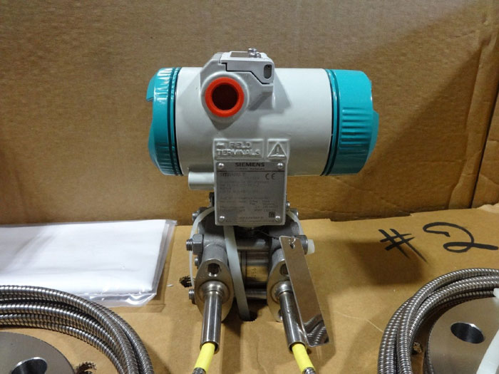 "SIEMENS 3"" 300# DIFFERENTIAL PRESSURE TRANSMITTER 7MF4433 w/ DIAPHRAGMS"