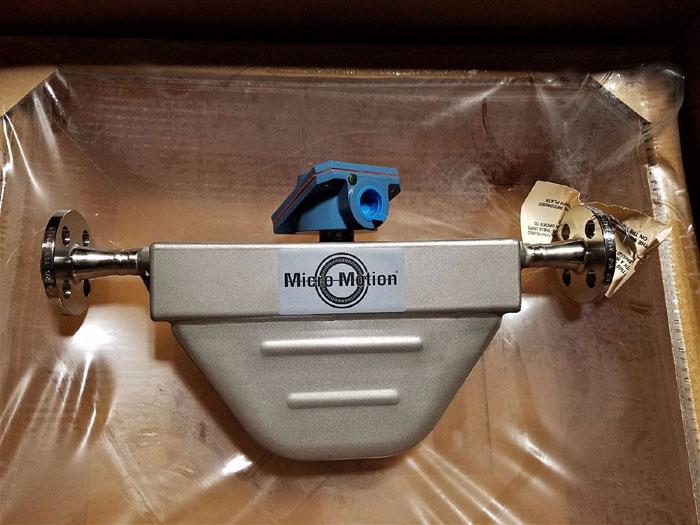 "MICRO MOTION MASS FLOW METER 1/2"" 150#  F050S113CRAAEZZZZ     (P)"