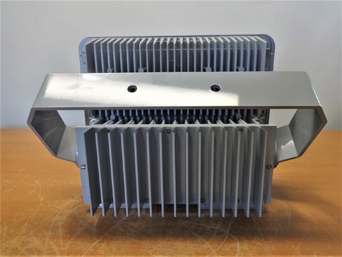EATON CROUSE-HINDS 112 WATT CHAMP LED LUMINAIRE FLOODLIGHT FMV13LCY/UNV1 76