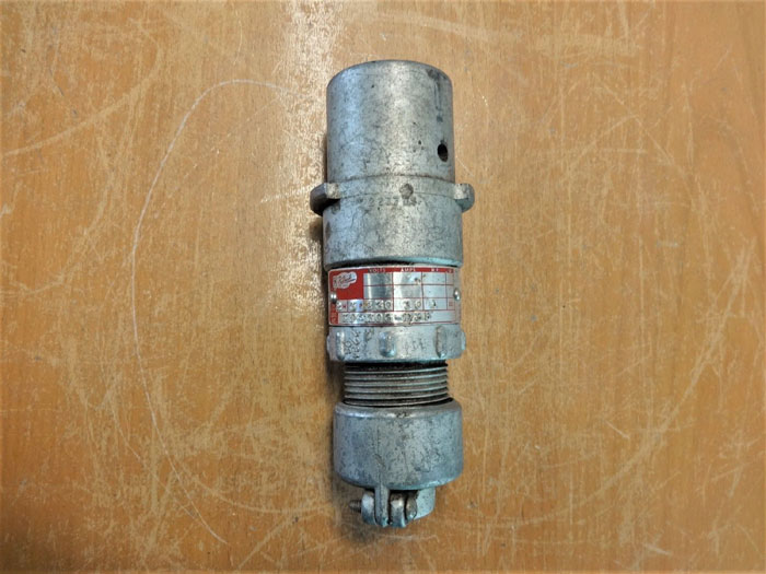 KILLARK KP-303-D35 PIN & SLEEVE RECEPTACLE PLUG 230V, 30A, 1 HP, 2W, 3P