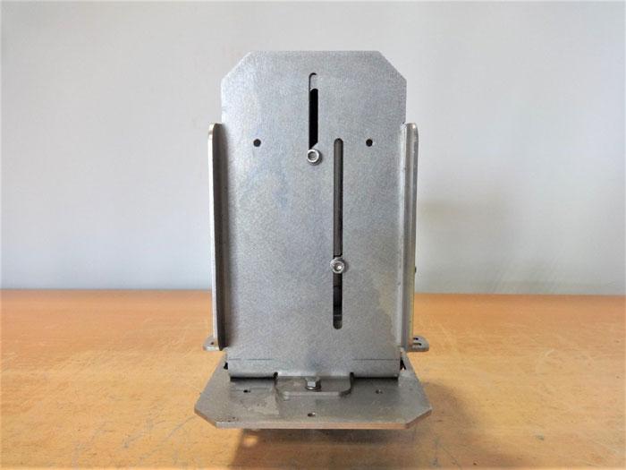 DRAGER POLYTRON 8000 / 8700 GAS DETECTOR WITH PIR 7000 STATUS INDICATOR IDS 0101