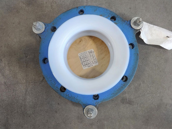 "CRANE RESISTOFLEX 6"" x 2.5"" EXPANSION JOINT, TEFLON BELLOW, CARBON STEEL FLANGES"
