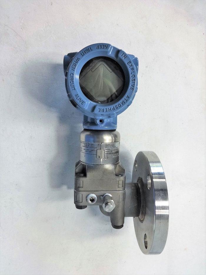 "Rosemount Pressure Transmitter 3051S1CG3A2G11A1AE5L4M5 W/ 2"" 150# Diaphragm Seal"