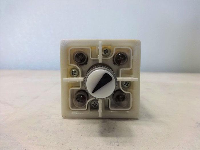 Lot of (2) Senasys 911 Selector Switch 911AGA012FD
